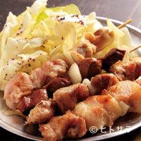 芫 - 「カシラ」(150円)や「サガリ」(250円)など珍しい焼豚。