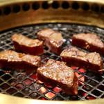 炭火焼肉徳重 - ロース