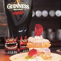 バナナカフェ - パイ生地に紅イモアイスを重ねたミルフィーユは人気定番スイーツ