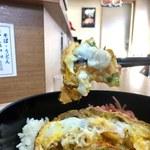 どん亭 - 玉子と天ぷらが絡んだとこ