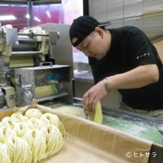 美味しさを求めて、自家製熟成麺へのこだわり!