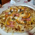レストランびーばぁ - シェフのオススメpizza ( 1180円 )