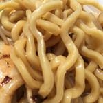 らーめんブッチャー - 太麺アップ