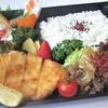 Ajinami - 料理写真:白身フライト焼肉弁当815円