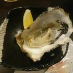 牡蠣と和酒 凛 - 生牡蠣