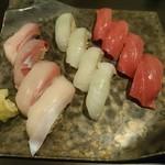 牡蠣と和酒 凛 - 握り寿司(4人前)