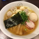 65143725 - ミックス出汁特製わんたん麺+味玉