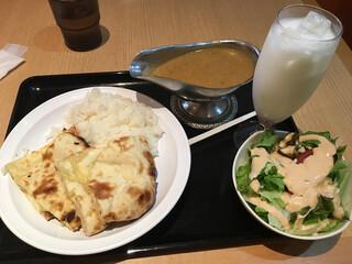 印度 下北沢店 - スペシャルランチセット チーズナン仕様で680円