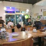 タイ国専門食堂 - 土曜の夜は比較的すいている