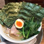 らーめん五葉 - 五葉ラーメン  海苔、ほうれん草  麺硬め  油少なめ