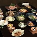酒廊 而空 - 阿波尾鶏中心のメニュー