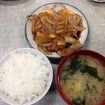 伊勢屋食堂 - 肉豆腐定食 小ライス