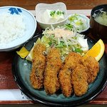 65149512 - い古い寿司 @西葛西 ランチ かきフライ(定食)税込760円 ご飯少な目で