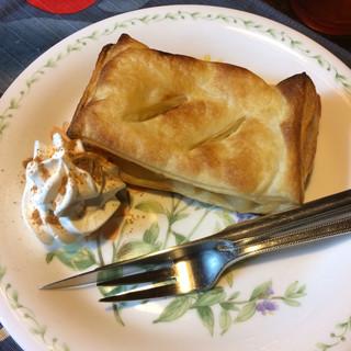 コーヒーハウス ラム - アップルパイ。 美味し。