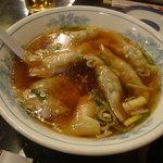 慶楽 - 水餃子