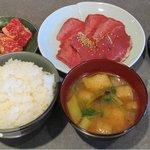 6515895 - タン・ハツ定食(608円)+カルビハーフ(325円)