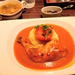 コンカフェ - バターチキンカレーとスープ