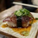 立ち寿司 まぐろ一徹 - まぐろほほ肉