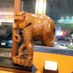 65160552 - 木彫りの象