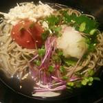 和食さと - 料理写真:梅おろしそば798円(税込)