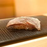 鮨 大地 - マグロ炙り