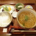 そば処 風庵 - 風庵定食 1050円(かけそば・天ぷら・小鉢・白ご飯・香の物)