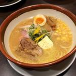 らー麺 潮騒 - 味噌バターコーンラーメン