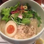 鶏白湯 蔭山 - 鶏白湯麺塩そば 880円
