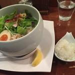 鶏白湯 蔭山 - 鶏白湯麺塩そば、レモンとプチご飯