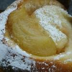 安達太良サービスエリア(下り線)スナックコーナー - 料理写真:ふくしまの桃パン