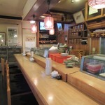 おひげ寿司 - カウンター