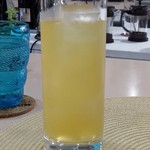 ビーチ食堂 Mr. BEACH - パッションフルーツジュース