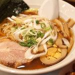 紅虎家常菜(DELI) - マーボー豆腐かけご飯のセットのラーメン