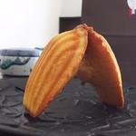 ブーランジェリー ボネダンヌ - パン屋のマドレーヌ