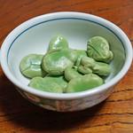 鷹匠壽 - お通しの蚕豆