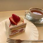 フランス菓子16区 - 苺のショートケーキ