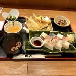 天ぷらと旬の肴 田丸 - 天ぷら盛り合せと鯖と鯛のバッテラ