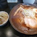 麺屋 遊助 - 中華そば中盛(800円)+ネギチャーシュー丼(200円)