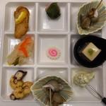 ホテル一井 - 料理写真:ナルトだってばよ!