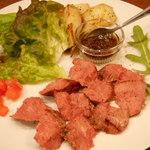 イタリアンバル Tino - 馬肉のステーキ(馬肉フェア)