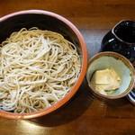 信州蕎麦の草笛 - くるみ蕎麦小盛り880円