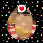 ボイス - 漬けハイボール(*´◒`*)レモンをアーン、パクッ