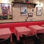 ル・プチメック - ほら?なんかフランスの地方都市のレストランみたい!