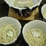 65207805 - ハーフ替え玉×4(全種類)スープ残量ピンチ