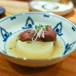 東京肉しゃぶ家 - 蒸し牛タンと大根塩煮込み
