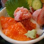 ジャンボ海老まるやま門田店 - 美味しい北海丼