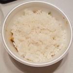 台湾ケンさん - 「台湾飯 (650円)」のテイクアウトはご飯が上
