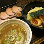 つけ麺 きらり - 魚介豚骨特つけ(大) 2017年4月7日