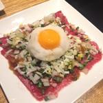 和牛焼肉 KINZO - レアローストユッケ風