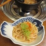 山翠 - うどんに葱と一味(^^